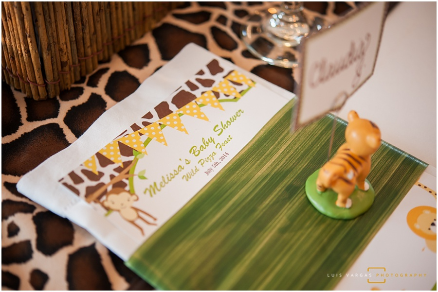 Safari theme table settings